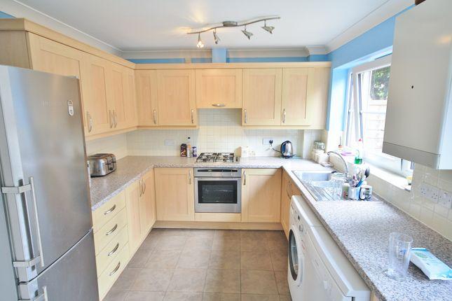 Kitchen of Cremorne Lane, Norwich NR1