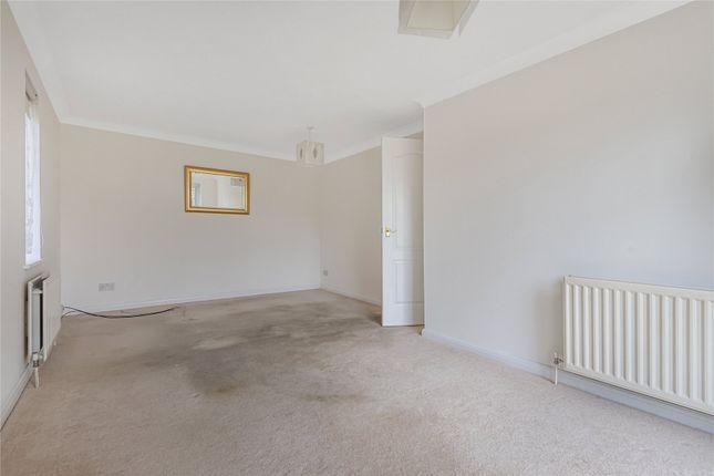 Picture No. 15 of Fernhill Place, 320 Tubbenden Lane South, Farnborough Village, Kent BR6