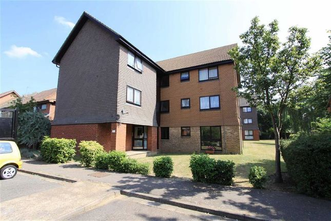 1 bed flat for sale in Ryeland Close, Yiewsley, Middlesex