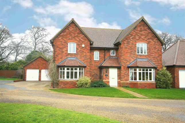 Thumbnail Detached house for sale in Lancot Place, Dunstable, Beds