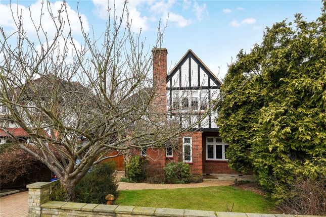Thumbnail Detached house for sale in Greenway, Southgate, London