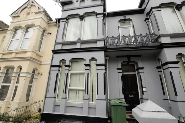 Thumbnail Flat to rent in Connaught Avenue, Plymouth, Devon