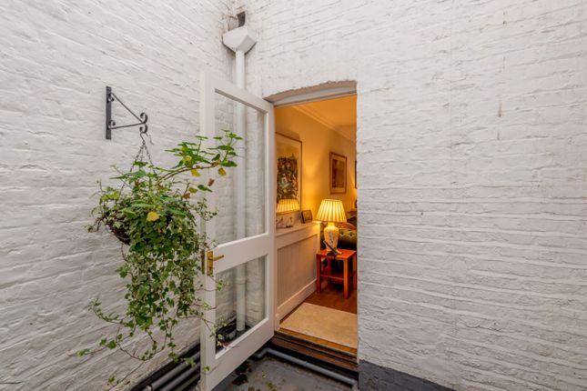 Garden of Harcourt Terrace, London SW10
