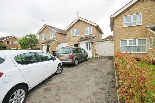 Thumbnail Property to rent in Cotswold Close, Portishead, Bristol