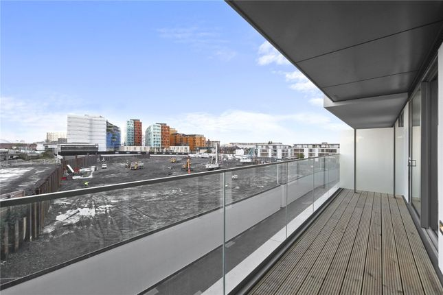 Picture No. 23 of Wyndham Apartments, 60 River Gardens Walk, London SE10