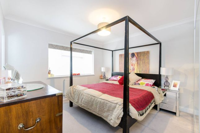 Thumbnail End terrace house to rent in College Road, Kensal Green