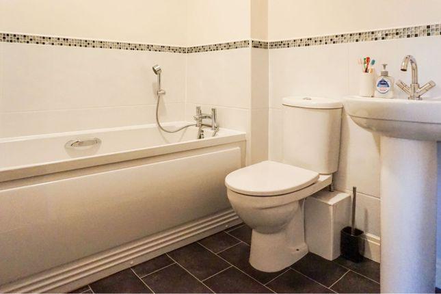 Family Bathroom of Parsonage Close, Leyland PR26
