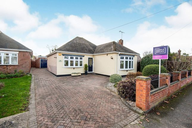 2 bed detached bungalow for sale in Crowstone Road, Grays RM16