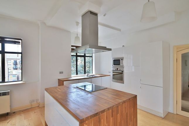 Thumbnail Flat to rent in Riverway House, Westferry Road, London