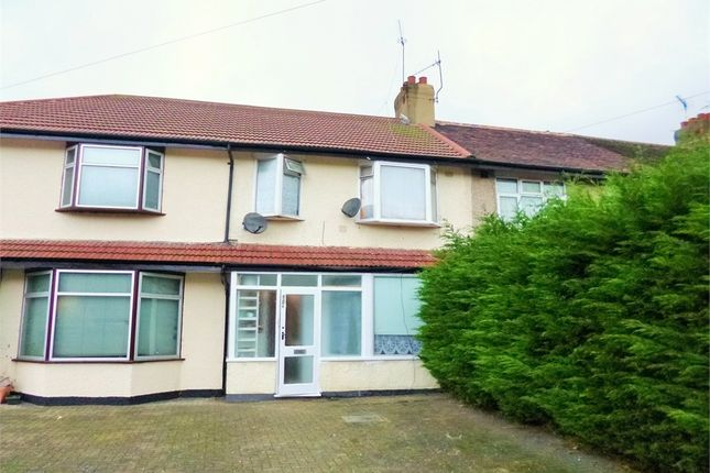 4 bed terraced house to rent in Manor Farm Road, Wembley, Greater London