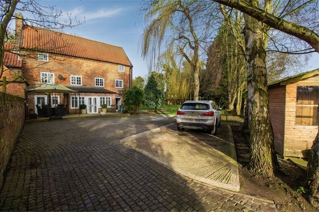 Thumbnail Detached house for sale in Scawby Road, Scawby Brook, Brigg, Lincolnshire