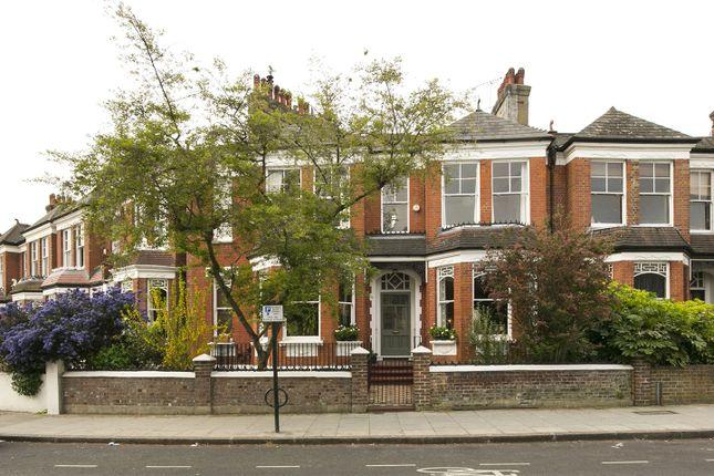 Picture No. 13 of Parkholme Road, Hackney E8