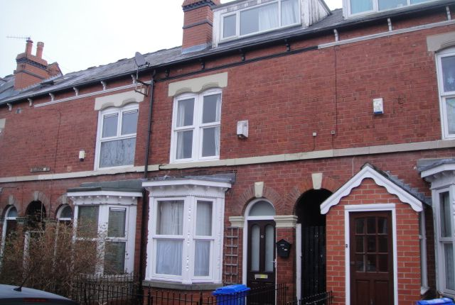 5 bed shared accommodation to rent in Sharrow Street, Sheffield S11