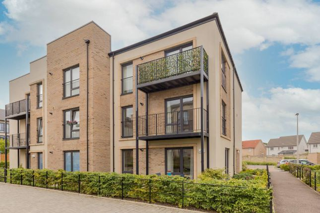 Thumbnail Flat for sale in 59 Lowrie Gait, South Queensferry