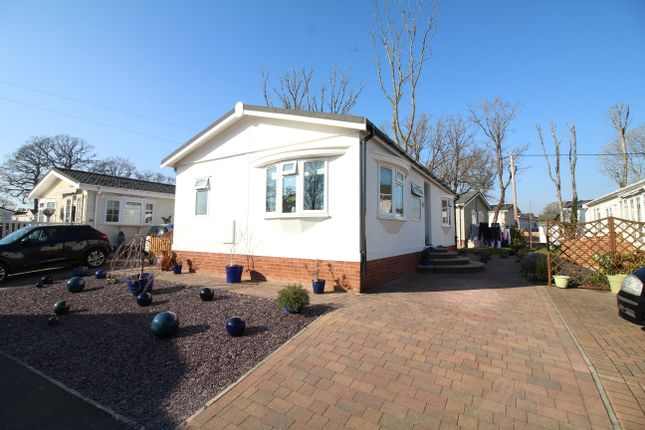 Thumbnail Mobile/park home for sale in Organford, Poole