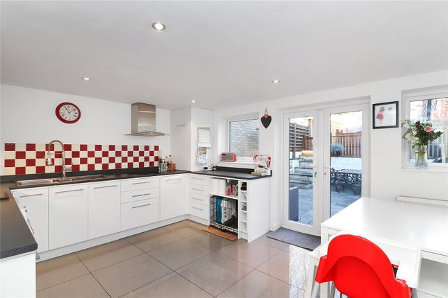 Thumbnail Property for sale in St. Lawrence Close, Abbots Langley