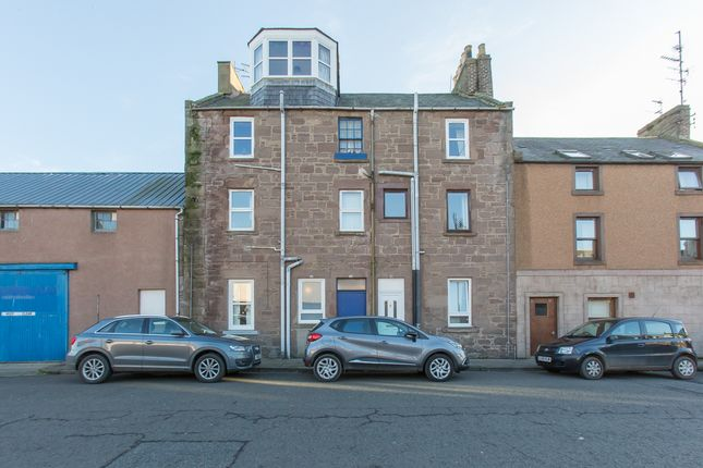 Thumbnail Flat for sale in Baltic Street, Montrose