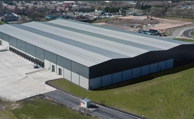 Light industrial to let in Frontier Park, Blackburn, Lancashire