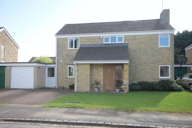 Thumbnail Detached house for sale in Glovers Close, Woodstock