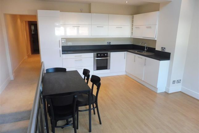 Thumbnail Flat to rent in Cathedral Road, Cardiff