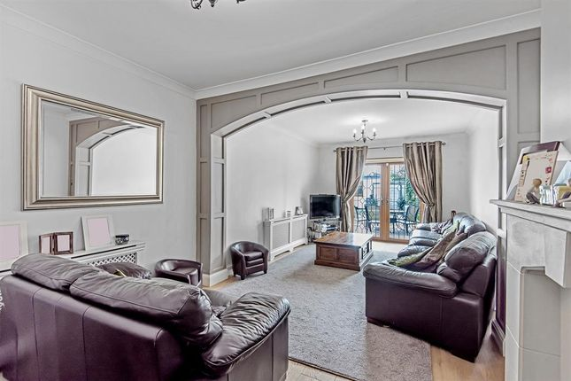 Thumbnail Semi-detached house for sale in Alma Avenue, Hornchurch