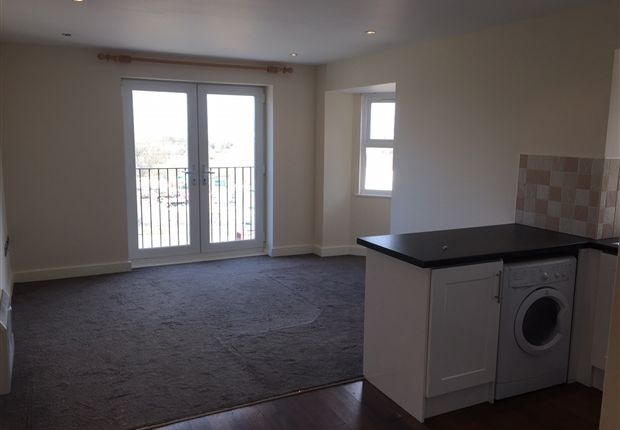 Thumbnail Flat to rent in King Edward Street Normanton, West Yorkshire