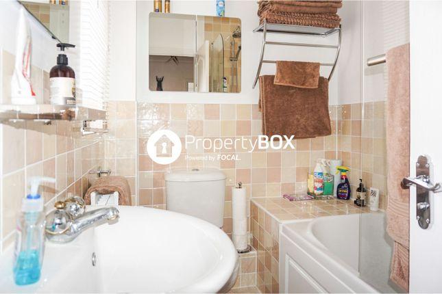 Bathroom of Sanderling Way, Sittingbourne ME9