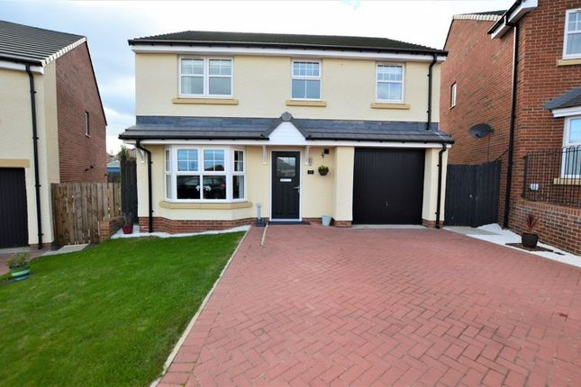 4 bed detached house for sale in Whitesmiths Way, Alnwick NE66