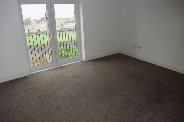 Thumbnail Flat to rent in Ballingry Lane, Lochgelly, Fife