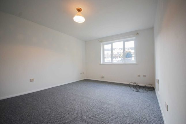 Thumbnail Flat to rent in Stocksfield Road, London