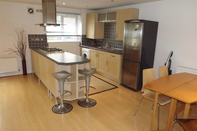 2 bed flat to rent in St Philips Court, Stretford Road, Hulme, Manchester, Greater Manchester