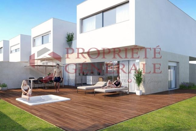 Terraced house for sale in Ferragudo, Lagoa (Algarve), Faro