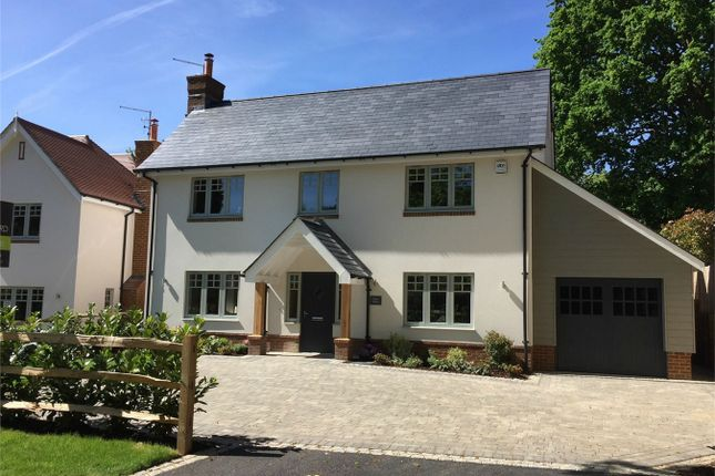 Thumbnail Detached house for sale in Hatton Hill, Windlesham
