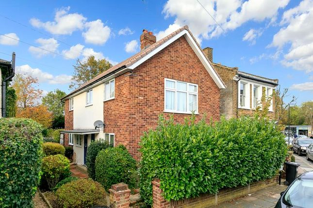 Thumbnail Flat to rent in Victoria Road, Teddington