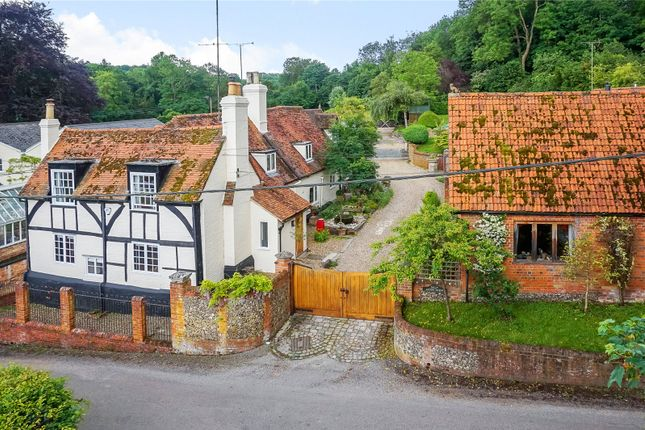 5 bed detached house for sale in Aston, Henley-On-Thames, Berkshire
