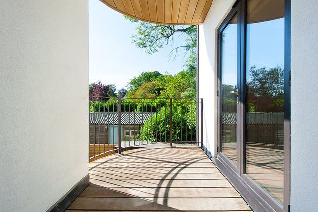 Flat for sale in Station Road, Woldingham, Caterham