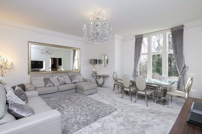 Thumbnail Flat to rent in Regents Drive, Repton Park, Woodford Green