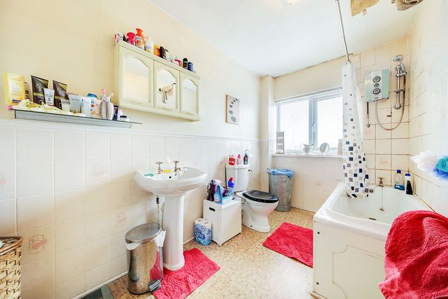Bathroom of Pickard Street, Sunderland SR4