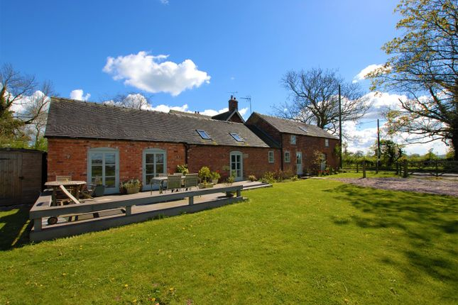 4 bed barn conversion for sale in Lea Road, Rugeley