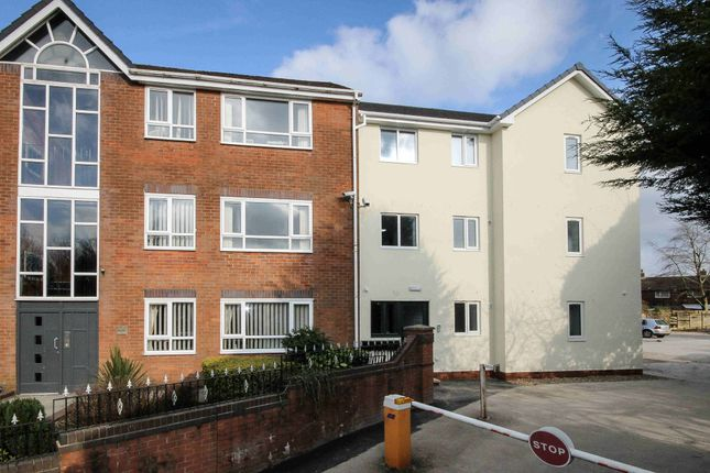 Thumbnail Flat to rent in Thomas Court, Toppings Green, Bromley Cross, Bolton, Lancs