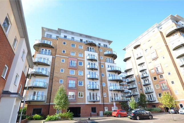 2 bed flat for sale in Winterthur Way, Basingstoke, Hampshire