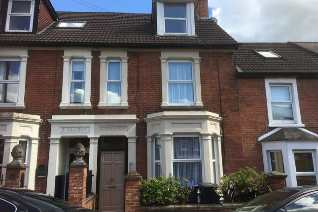 Thumbnail Flat to rent in Hamilton Road, Salisbury
