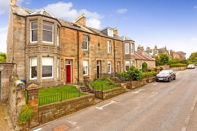 4 bed maisonette for sale in 5 Strawberry Bank, Linlithgow EH49