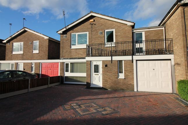 Thumbnail Link-detached house to rent in Auburn Drive, Urmston, Manchester