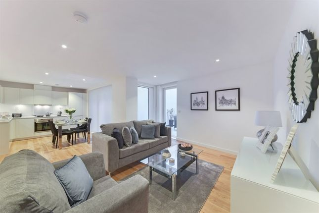 Thumbnail Detached house to rent in St Pancras Place, King's Cross, London