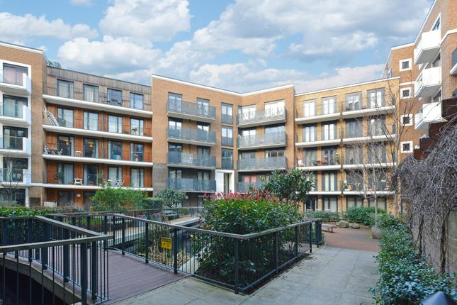 Thumbnail Flat to rent in Albatross Way, London