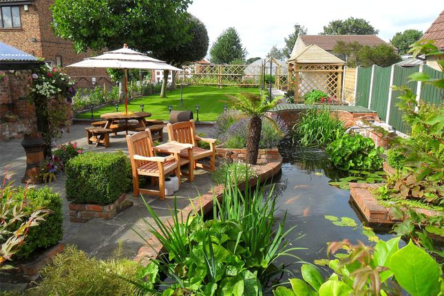 Thumbnail Detached house for sale in Brigg Lane, Camblesforth, Selby
