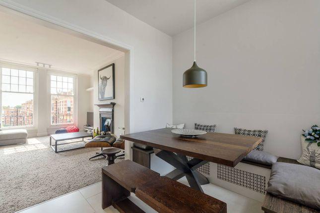 Thumbnail Flat for sale in Sutton Court, Grove Park