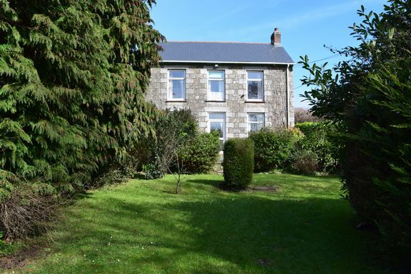 Thumbnail Detached house for sale in Knave-Go-By, Beacon, Camborne