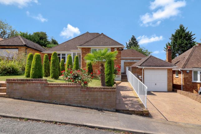 Thumbnail Bungalow for sale in Parsonage Road, Chalfont St Giles, Buckinghamshire